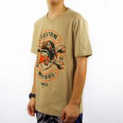 Camiseta Conduta Custom Motors - Caramelo/Preto/Laranja