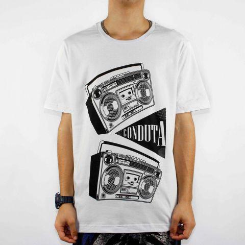 Camiseta Conduta Radio - Branca/Preto
