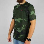 Camiseta Conduta Verde Camuflada Básica Bord. Vinho