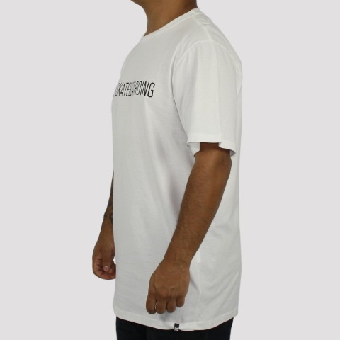 Camiseta DC Shoes Bas Slim Skateboarding Snow - Off White