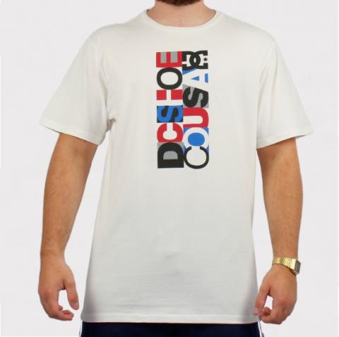 Camiseta DC Shoes Basica Soviet Odessa - Off White/Preto/Vermelho