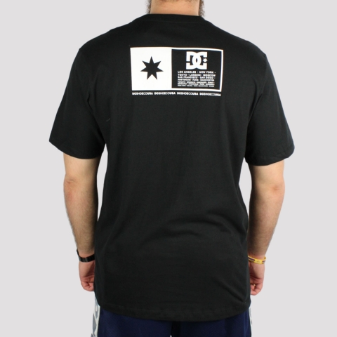 Camiseta DC Shoes Flag Box - Preta