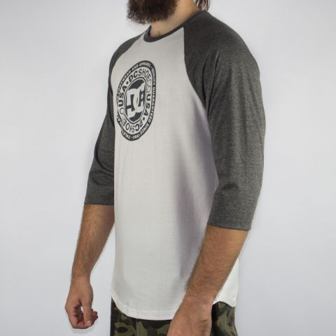 Camiseta DC Shoes M/L Research - Snow Branca