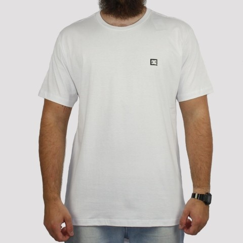 Camiseta DC Shoes Supertranfer - Branca