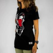 Camiseta Feminina Chemical Snow White Preta