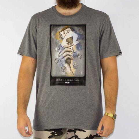 Camiseta MCD Regular Gamble Is A Chance Taken - Cinza/Multi Color