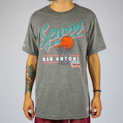Camiseta Mitchell & Ness Drive To The Basket - Cinza Mescla/Rosa