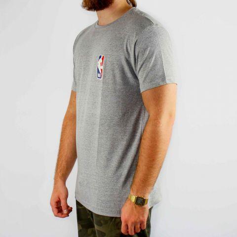 Camiseta NBA Logo Man - Cinza
