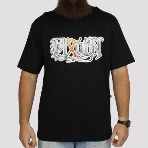 Camiseta Pixa in Caligrafia - Preto