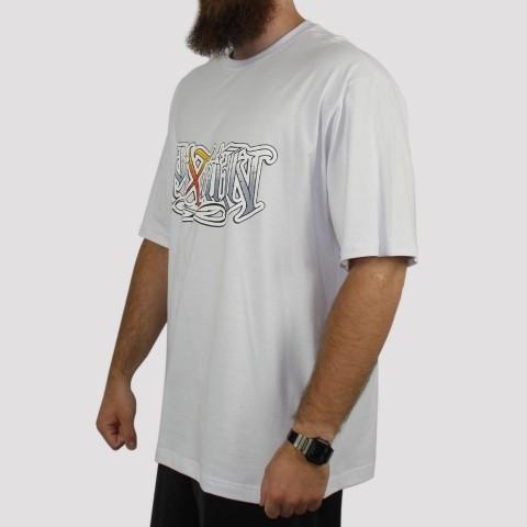 Camiseta Pixa In Caligrafia (Tamanho Extra) - Branca