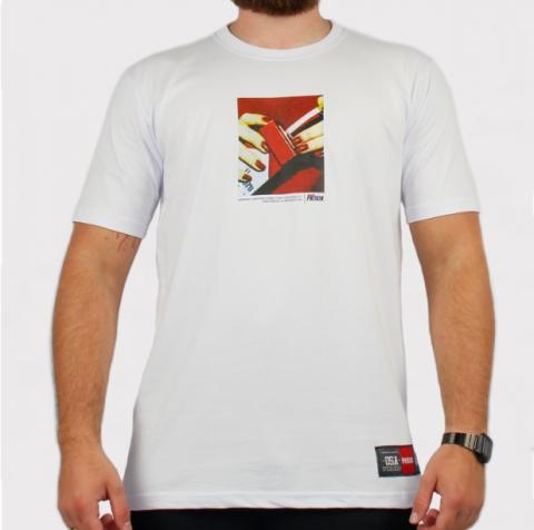 Camiseta Prison Smoking - Branca