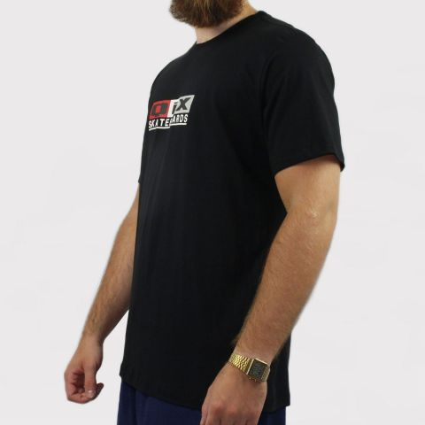 Camiseta Qix Skateboards - Preto