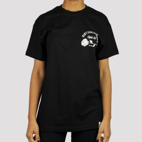 Camiseta Riot Stylish Girl Pocket - Preto