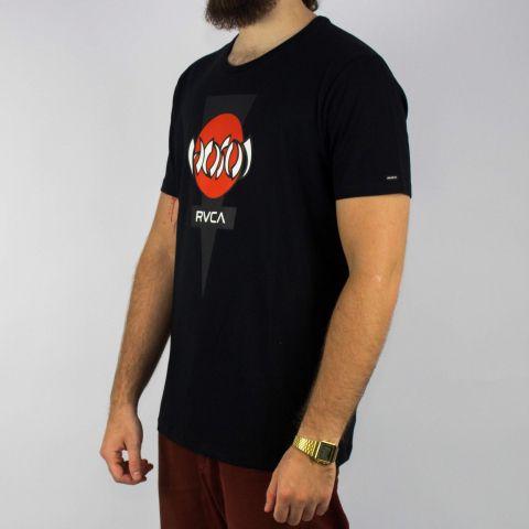 Camiseta RVCA Hosoi - Preta/Vermelho