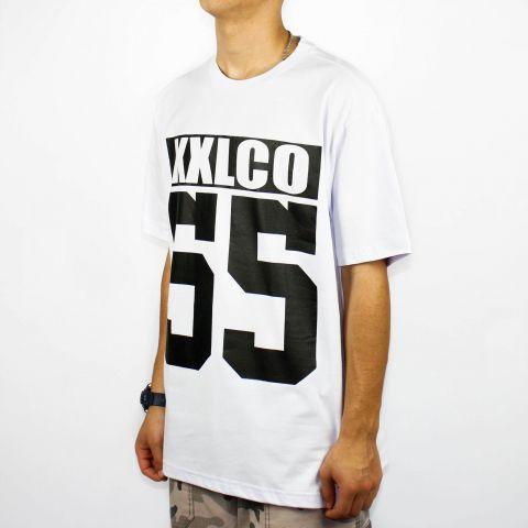 Camiseta XXL Logo Co 55 - Branca/Preta
