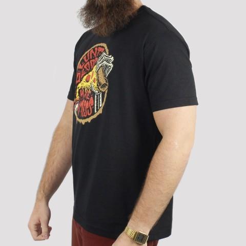 Camiseta Blunt Basica Mess Pizza - Preto