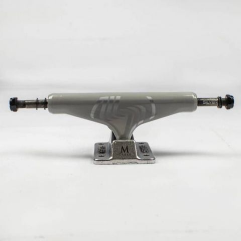 Truck Silver 8.0 M Class Cinza 139mm