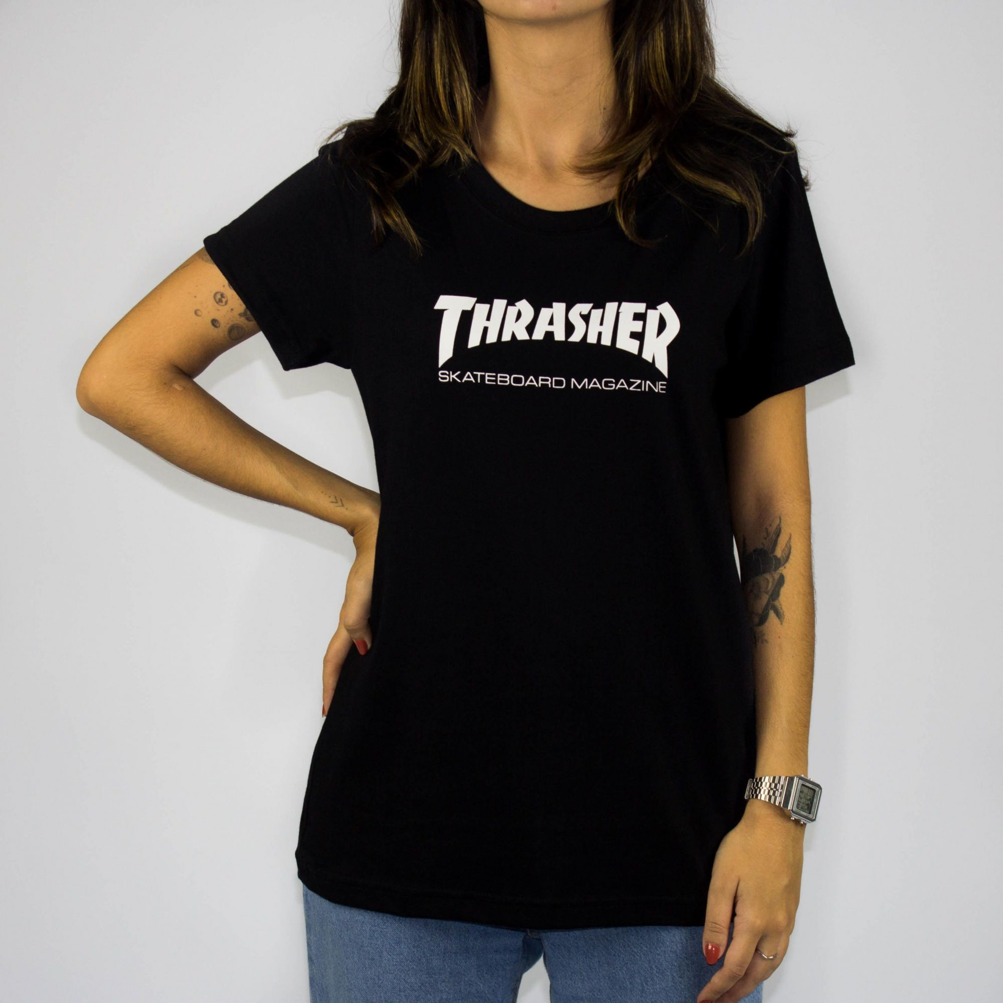 Camiseta Feminina Thrasher Skate Mag Preta Logo Branca