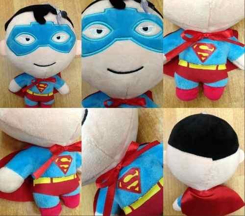 Boneco Super Man Pelúcia Super Homem De Aço Liga Da Justiça