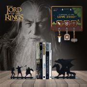 Kit Aparador de Livros Dragão Terra Média + Porta Chaves RPG