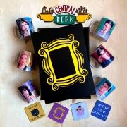 Kit Colecionável Friends + Box Temática EDIÇÃO LIMITADA