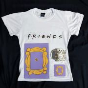 Kit Friends Camiseta + Quadrinho + Caneca Personalizada + Porta Copos