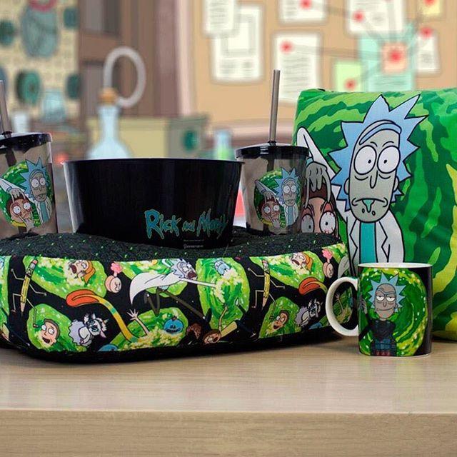 Almofada Porta Pipoca Rick e Morty