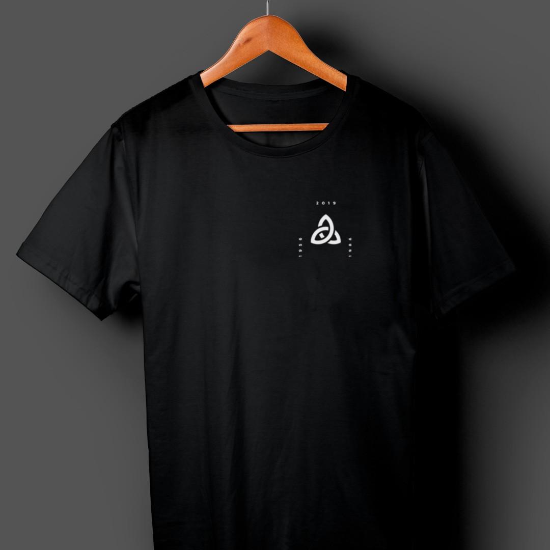 Camiseta Dark Triquetra