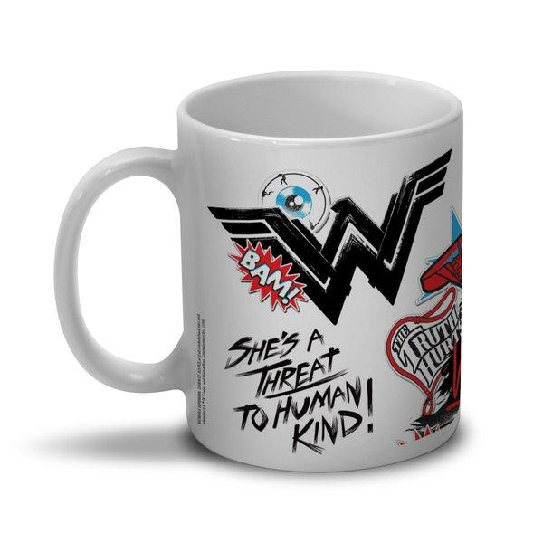 Caneca Mulher Maravilha Wonder Woman She´s a Threat