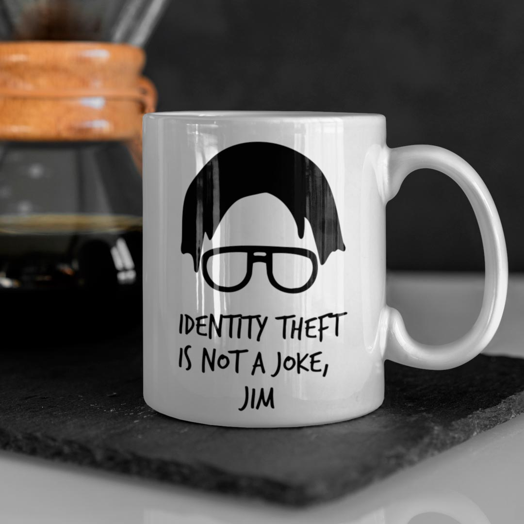 Caneca Roubo de Identidade Dwight The Office