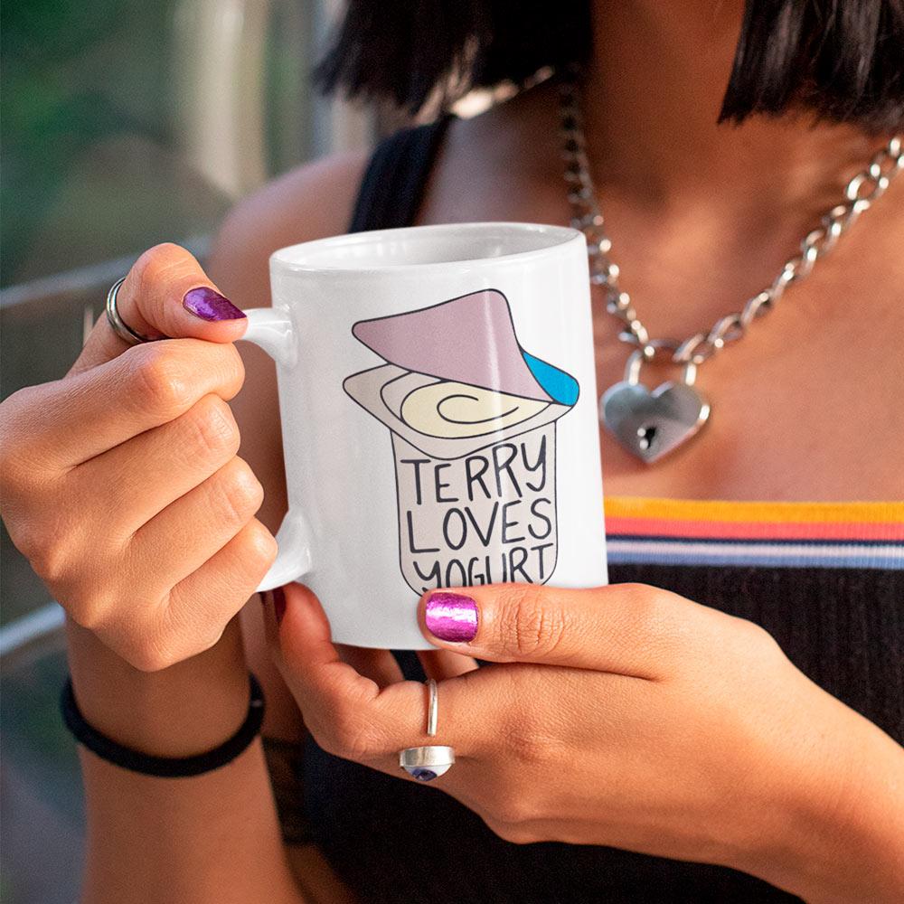 Caneca Terry Loves Yogurt