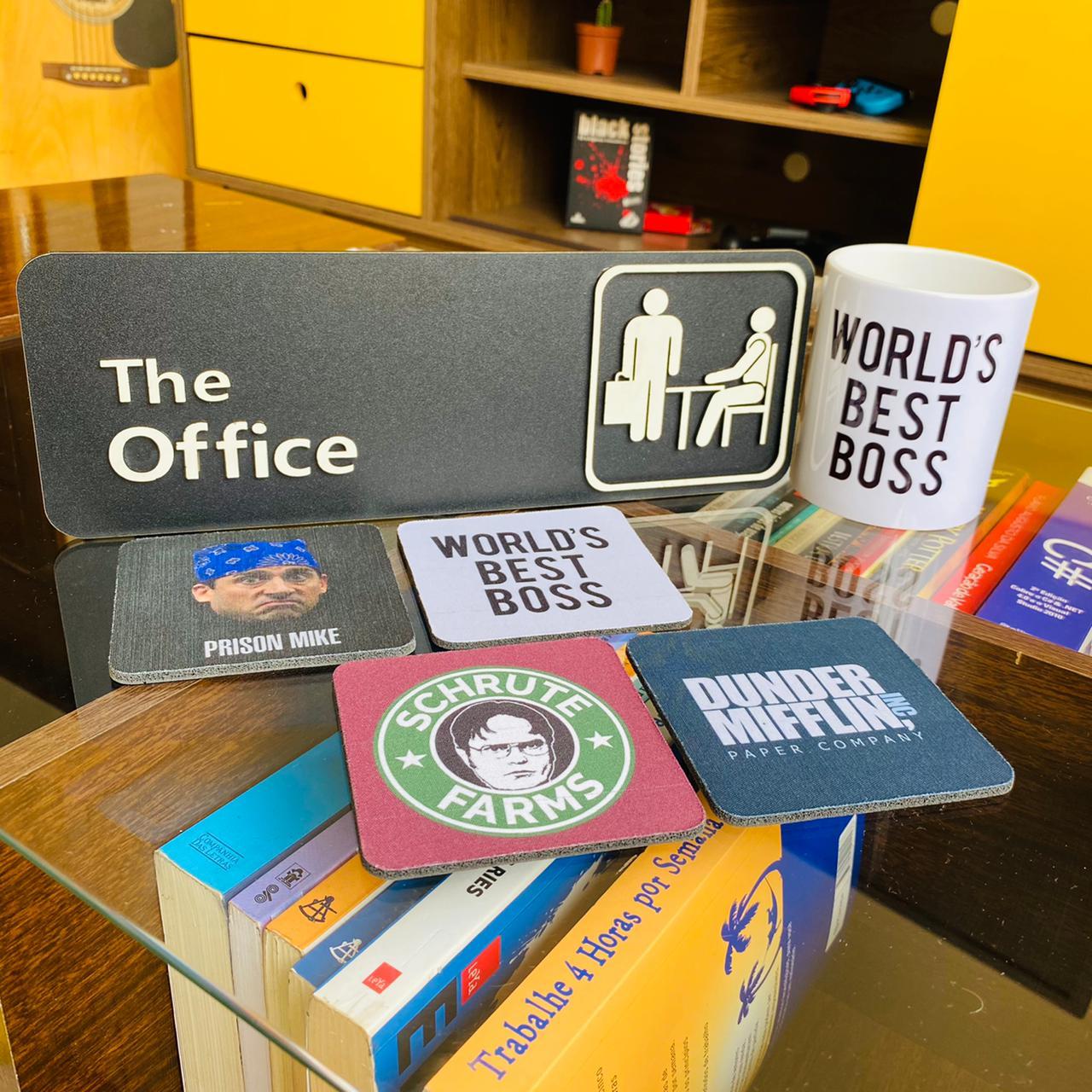Kit The Office Placa Alto Relevo + Caneca + Kit de Porta Copos