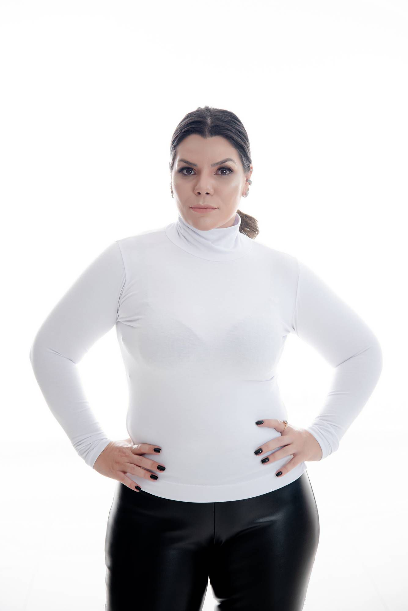 CACHARREL PLUS SIZE BRANCA