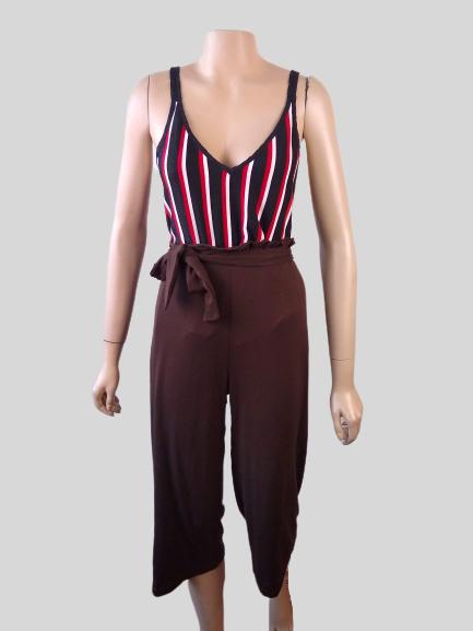 Calça Pantacourt Plus Size com Amarração