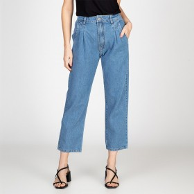 Calça Jeans Mom Com Pregas Delavê