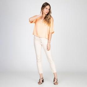 Calça Jeans tipo Moletom Skinny Lady Botões Aparentes Cor Cru
