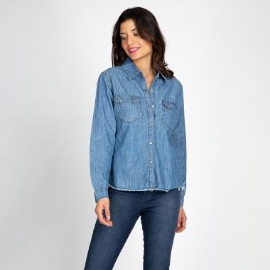 Camisa Jeans Barra Desfiada Azul Claro