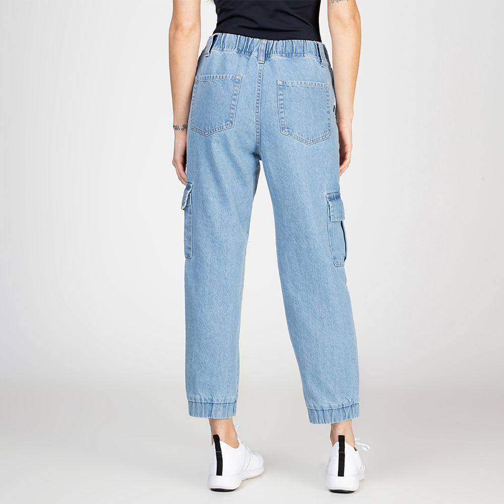 Calça Jeans Jogger Cargo Com Elástico Cós Delavê