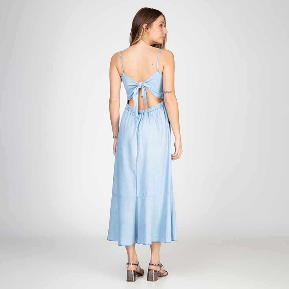 Vestido Midi Jeans Leve Com Fenda Delavê