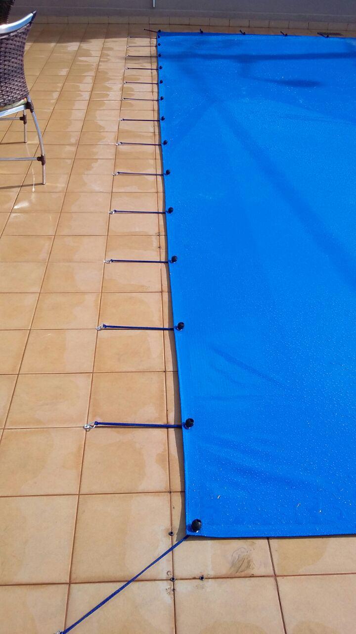 Capa para Piscina SL 300 Azul Completa com Acessórios Pinos e Extensores 7,5x4 m