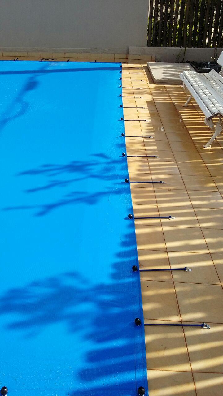 Capa para Piscina SL 300 Azul Completa com Acessórios Pinos e Extensores 8x6 m