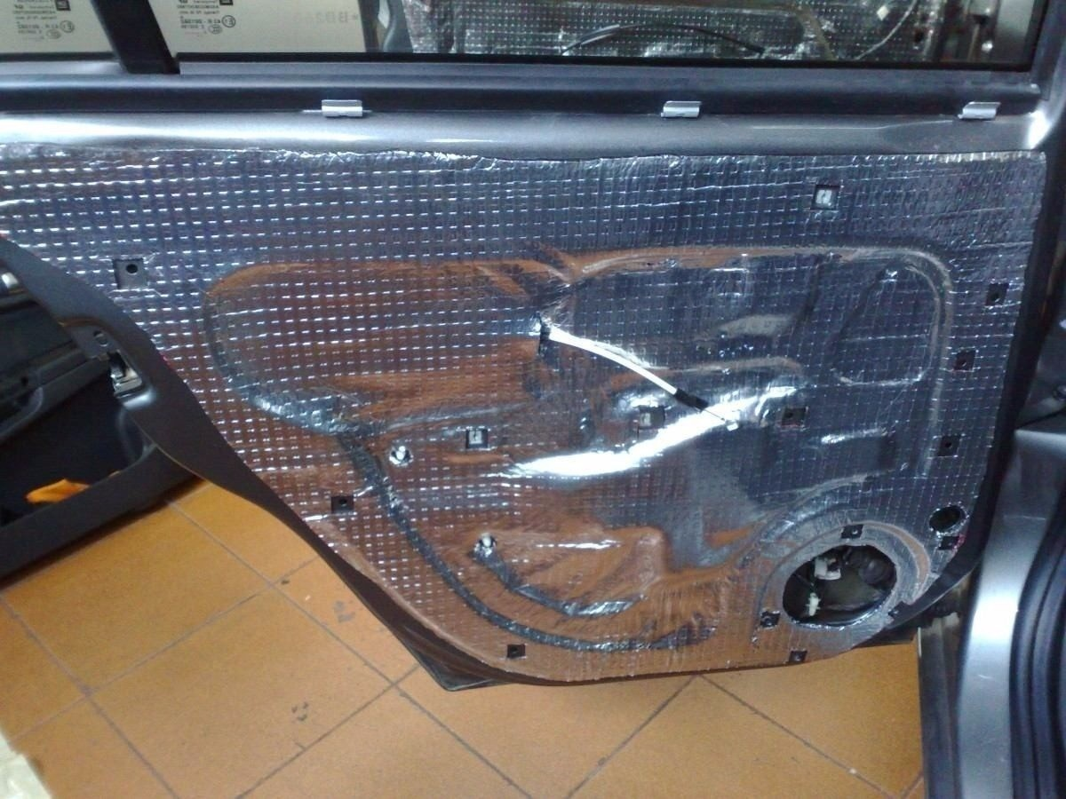 Manta Asfáltica Térmica Acústica Automotiva 90cmx10m