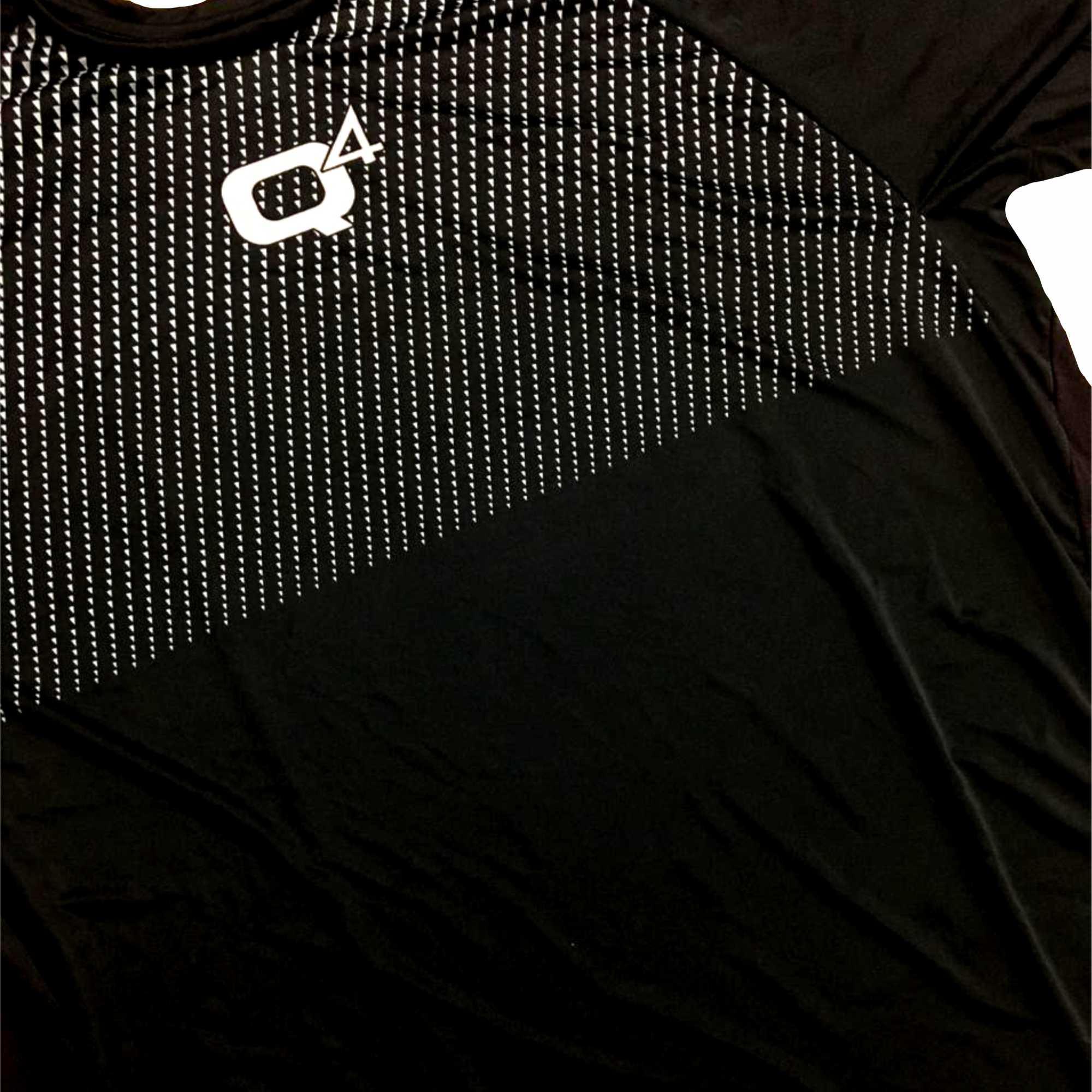 Camiseta Q4 Sports  Dry Fit Manga Curta Unissex