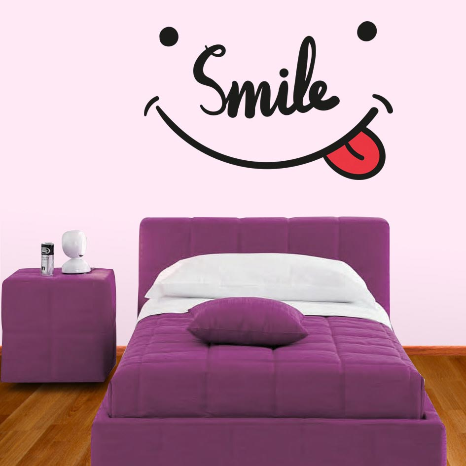 ADESIVO DE PAREDE - FRASE: SMILE