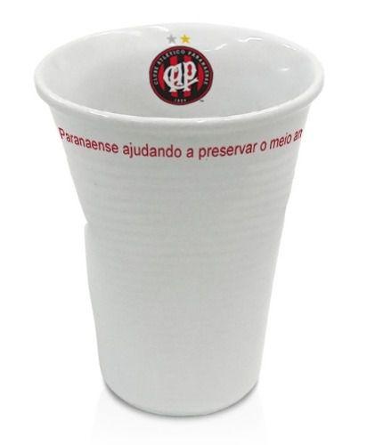 Copo Atlético Pr Tipo Descartável, Amassado Em Porcelana.