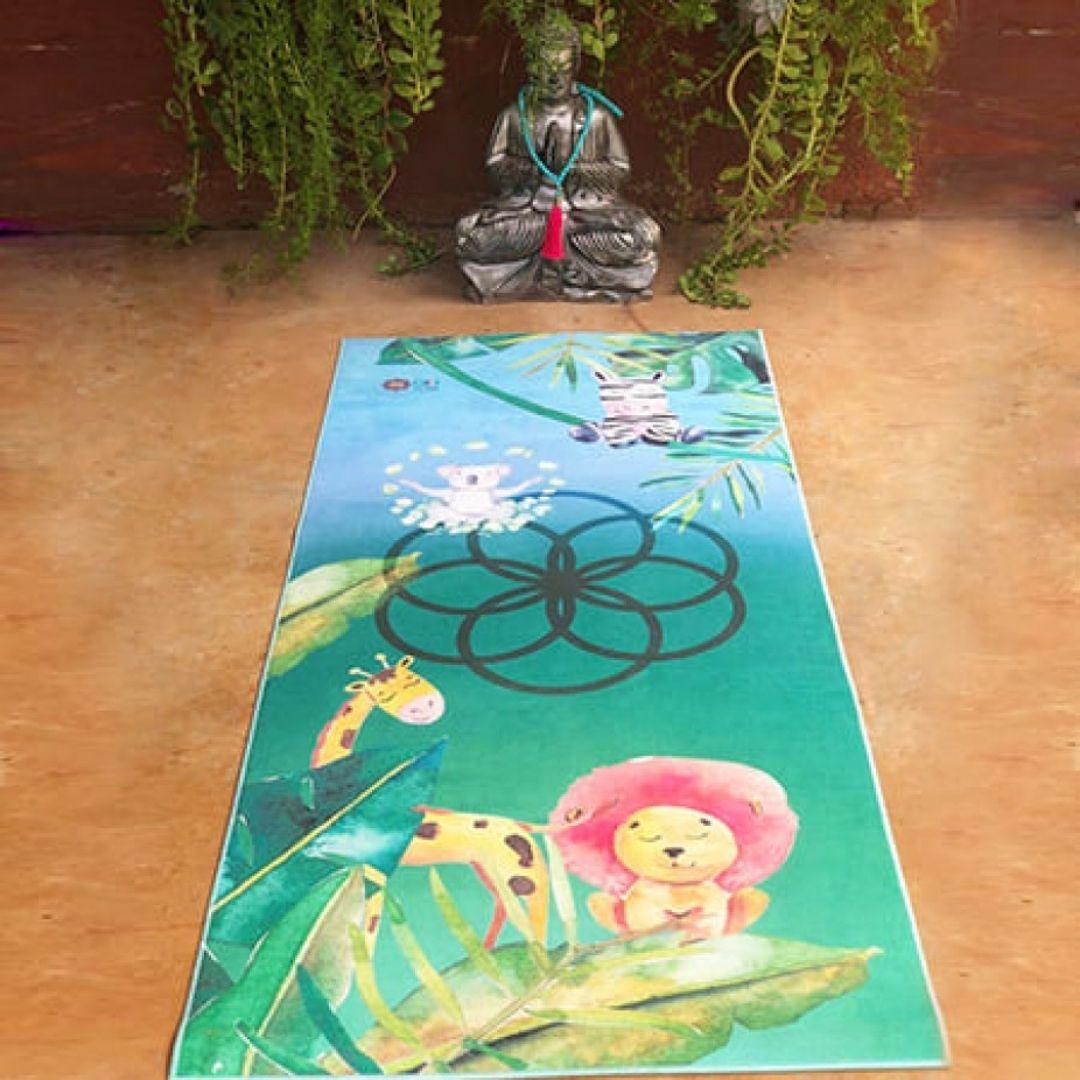 Tapete de Yoga Estampado Aveludado - Kids - com Dadinho Yogi