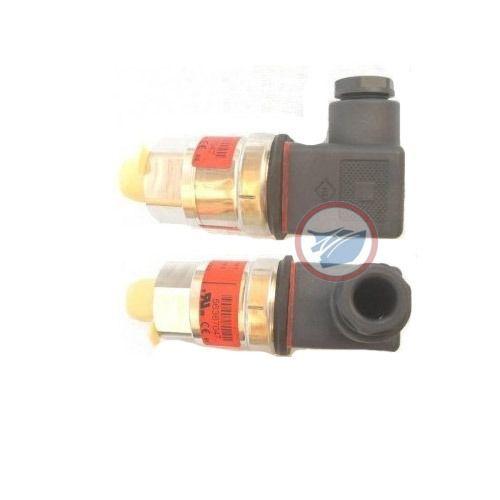 Sensor de Pressão de Óleo para Motor MAN - 51.27421-0126 (0-6 bar)