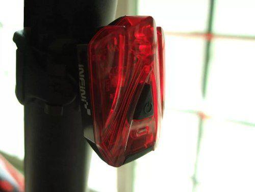 - Lanterna / Pisca Traseiro Infini I-260r Recarregável Usb