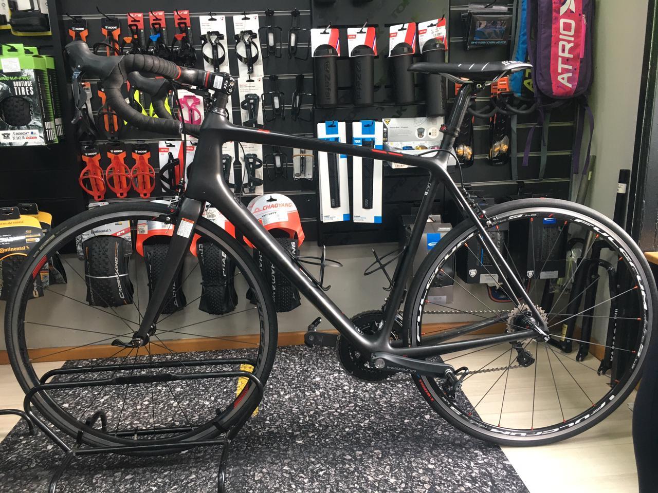 Bicicleta Trek Emonda Slr TAM 60 Semi-Nova