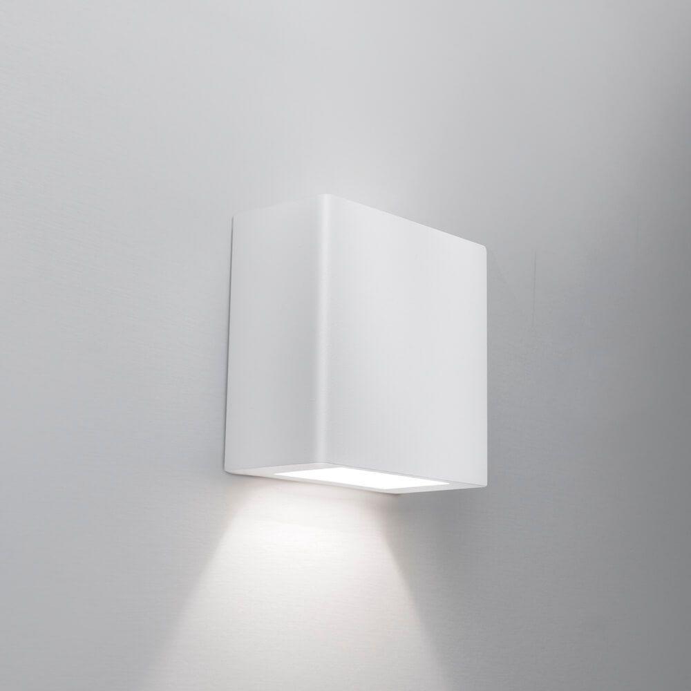 Arandela LED Newline 9587LED1 New Clean Externa 1 Facho IP43 6W 2700K 127v 100x100x50mm